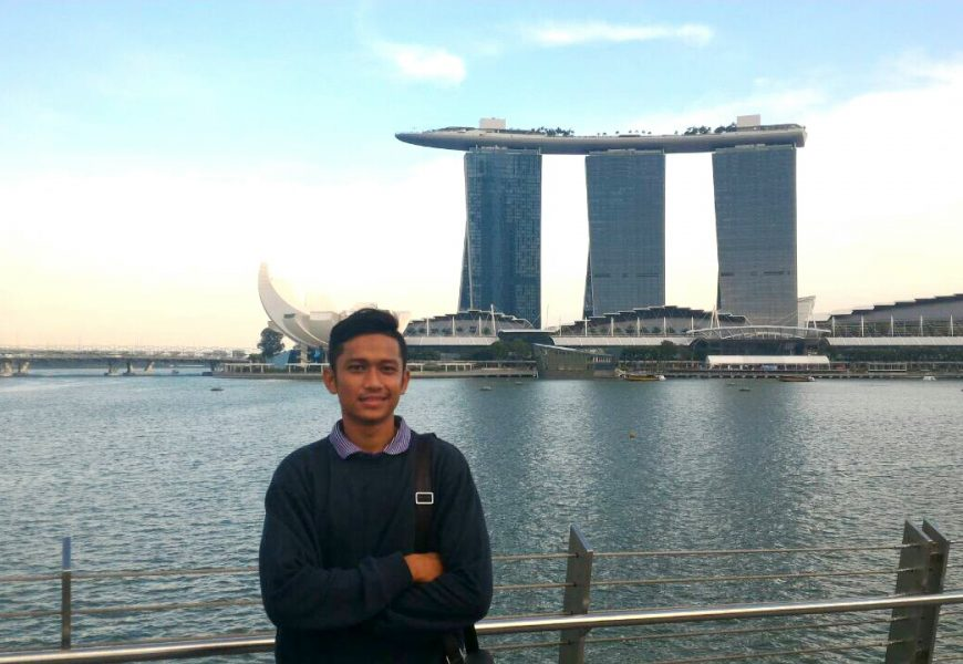 Ke Singapore Tanpa Membawa Uang Sepeserpun Alias 0 Dollar !!