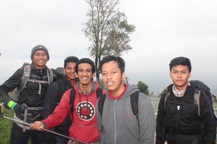 Menjajal Ketinggian Gunung Marapi Bukittinggi