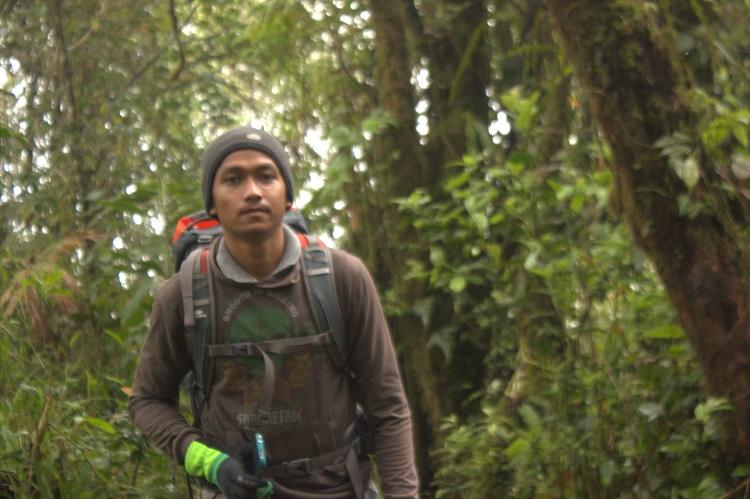 Mendaki Gunung Marapi Bukittinggi