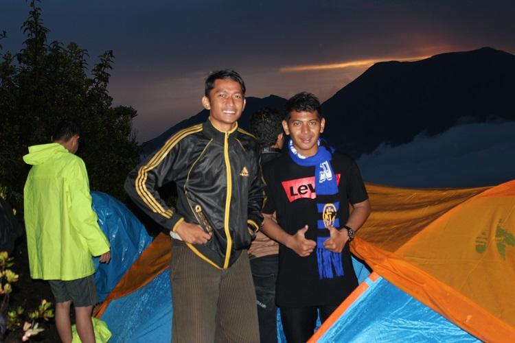 Sunset Gunung Marapi Sumatra Barat