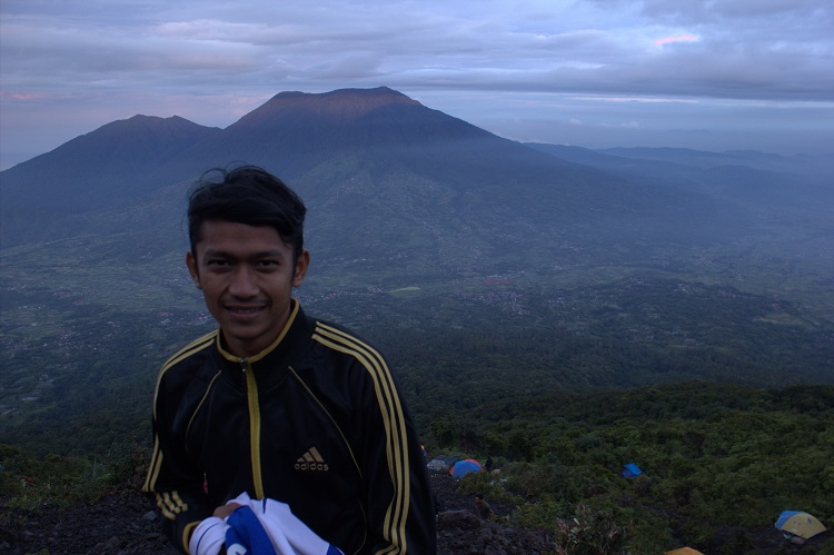 Puncak Marapi Sumatra Barat